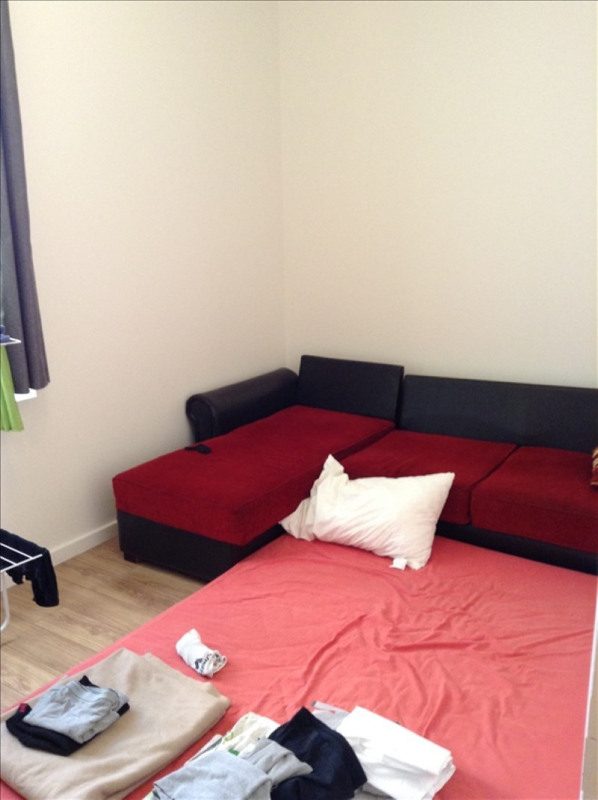 Rental apartment St quentin 810€ CC - Picture 5