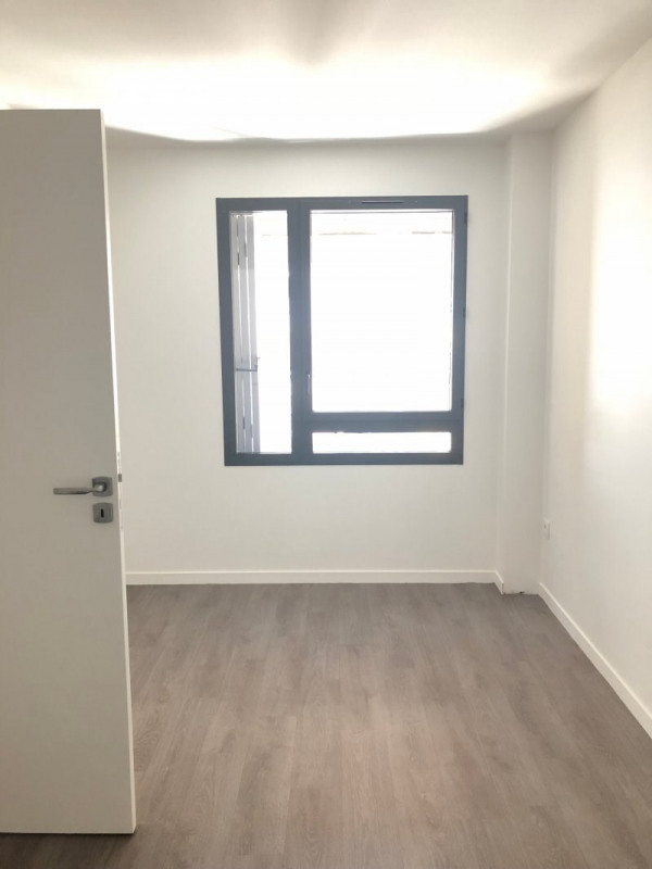 Rental empty room/storage Montreuil 2 640€ CC - Picture 10
