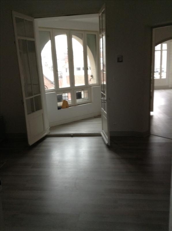 Rental apartment St quentin 720€ CC - Picture 4