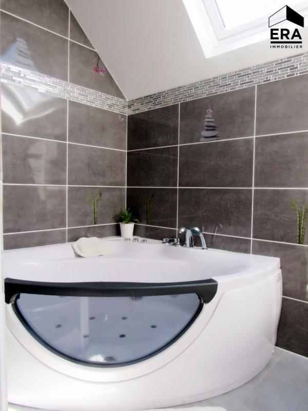 Sale house / villa Lesigny 440000€ - Picture 7