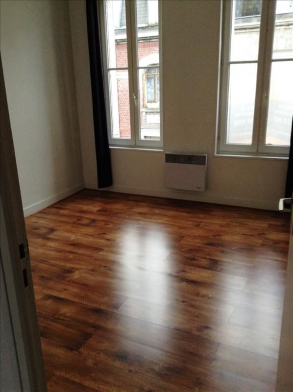 Rental apartment St quentin 425€ CC - Picture 3