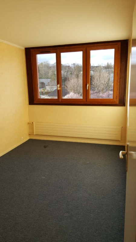 Rental apartment Andresy 937€ CC - Picture 4