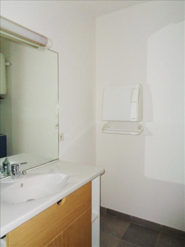 Location appartement Toulon 410€ CC - Photo 2