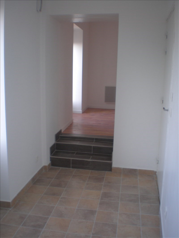 Location appartement Remouille 490€ +CH - Photo 3