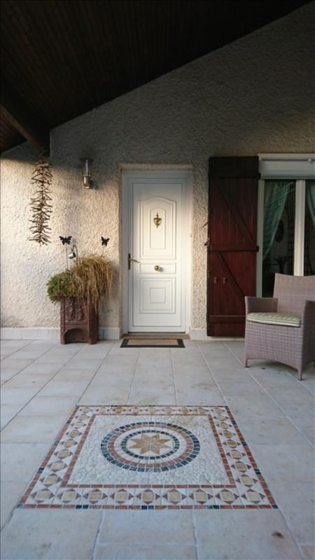 Sale house / villa Franqueville st pierre 335000€ - Picture 2