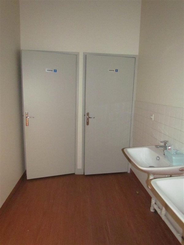 Location local commercial Champigny sur marne 2 926€ CC - Photo 6