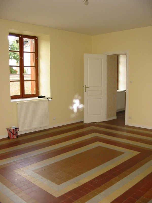 Location maison / villa Chatellerault 8 km au nord 552€ +CH - Photo 2
