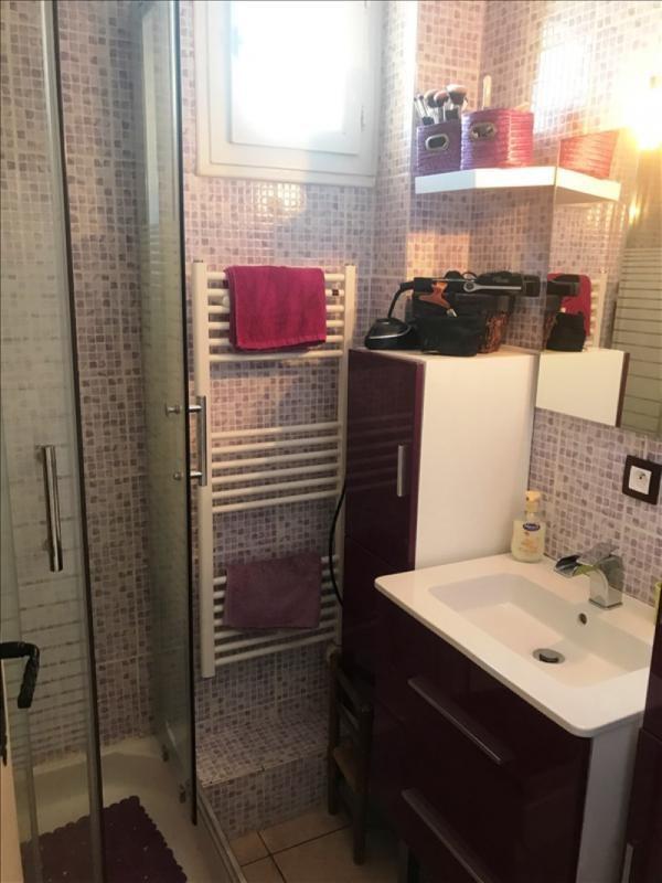 Revenda apartamento Peyrolles en provence 138000€ - Fotografia 5