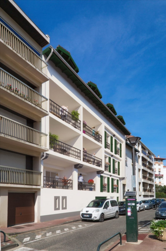 Deluxe sale apartment St jean de luz 720 000€ - Picture 1