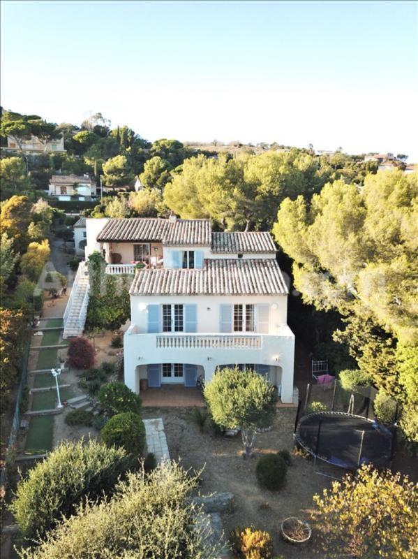 Deluxe sale house / villa Les issambres 790000€ - Picture 1