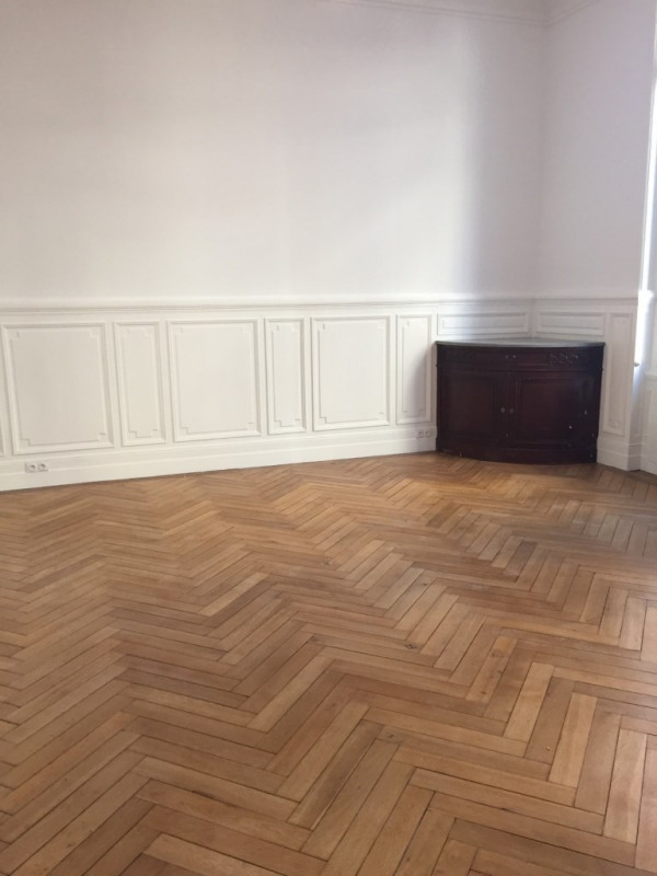 Sale apartment Bordeaux 609 000€ - Picture 2