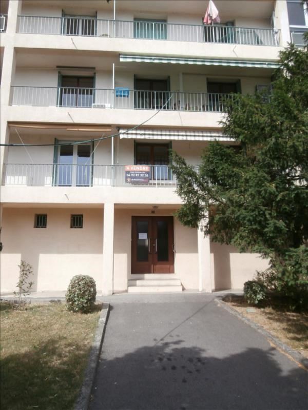 Sale apartment Manosque 97 000€ - Picture 3