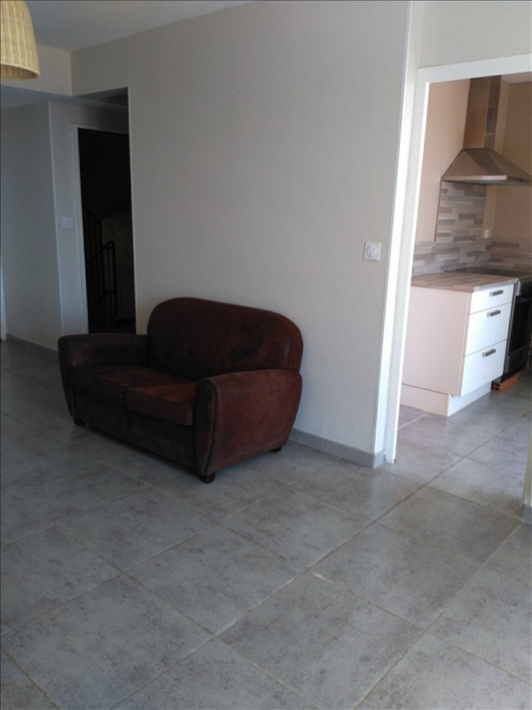 Rental apartment Nimes 775€ CC - Picture 8