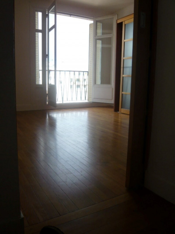 Location appartement Charenton le pont 1 350€ CC - Photo 1
