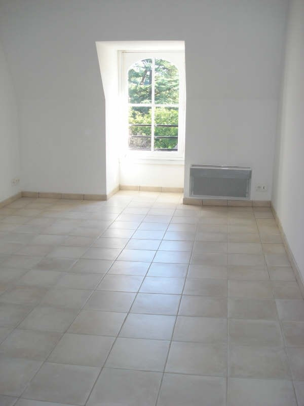 Rental apartment Beaupreau 367€ CC - Picture 2