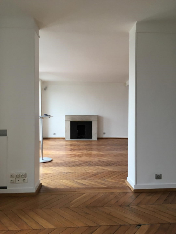 Location appartement Paris 8ème 5520€ CC - Photo 6