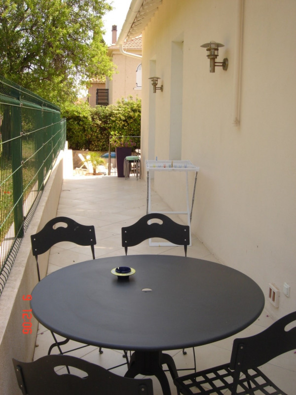 Location vacances appartement Bandol 750€ - Photo 7