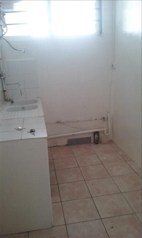 Sale apartment St denis 137000€ - Picture 3