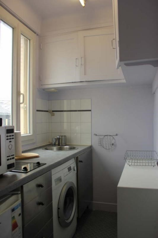 Location appartement Paris 9ème 1 500€ CC - Photo 4