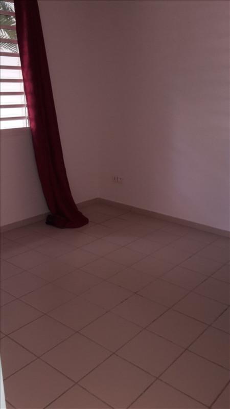 Rental apartment Le gosier 650€ CC - Picture 3