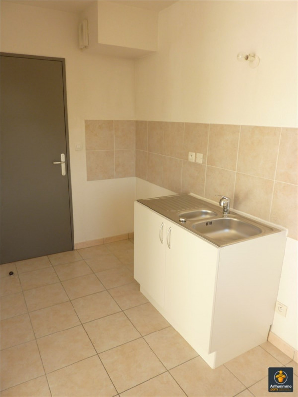 Rental apartment Roquebrune sur argens 760€ CC - Picture 3