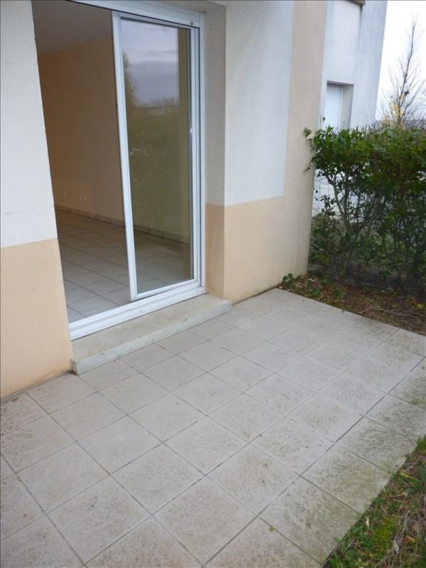 Rental apartment Vendome 310€ CC - Picture 1