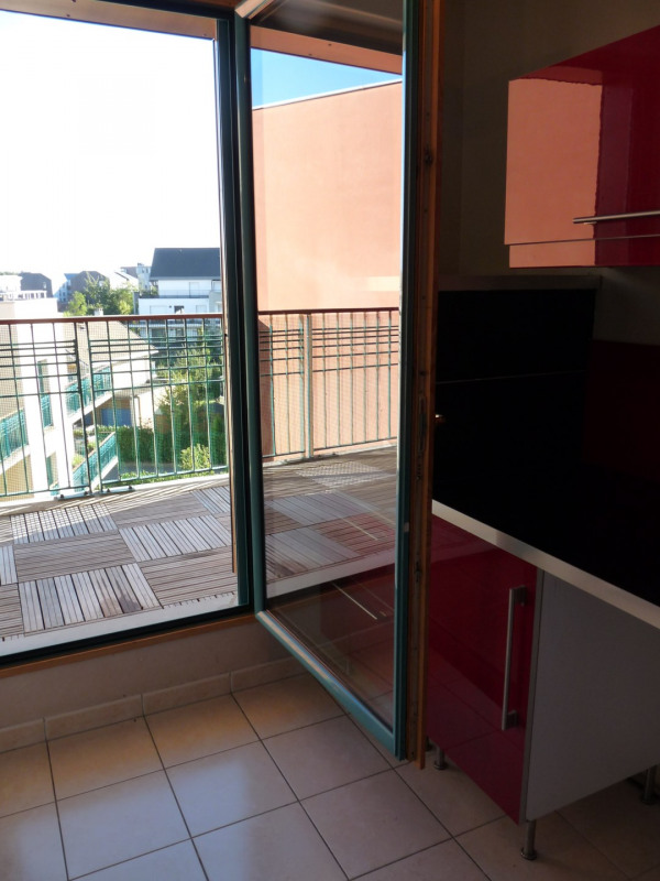 Sale apartment Bois-d'arcy 265 000€ - Picture 2