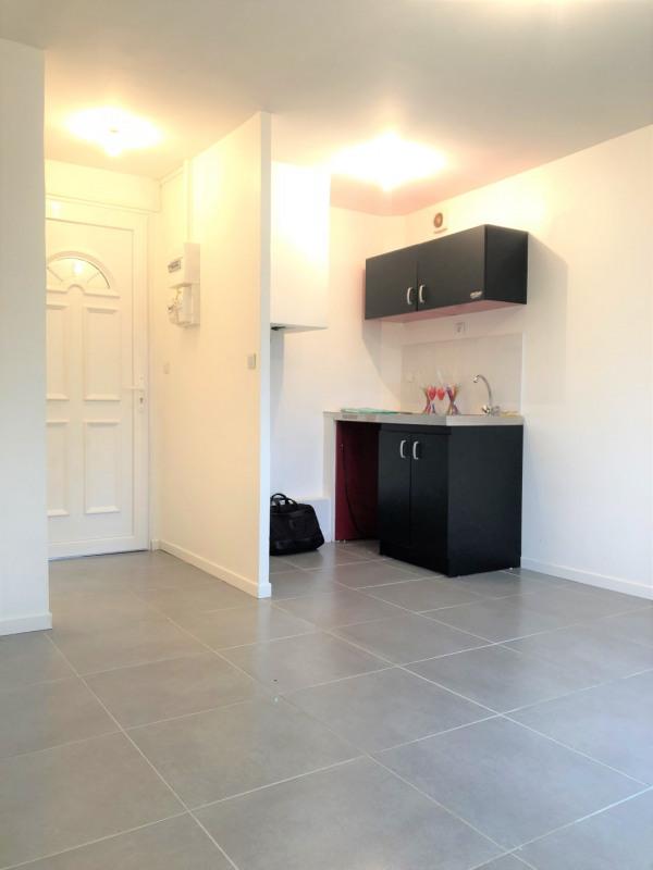 Location appartement Saint-leu-la-forêt 645€ CC - Photo 1