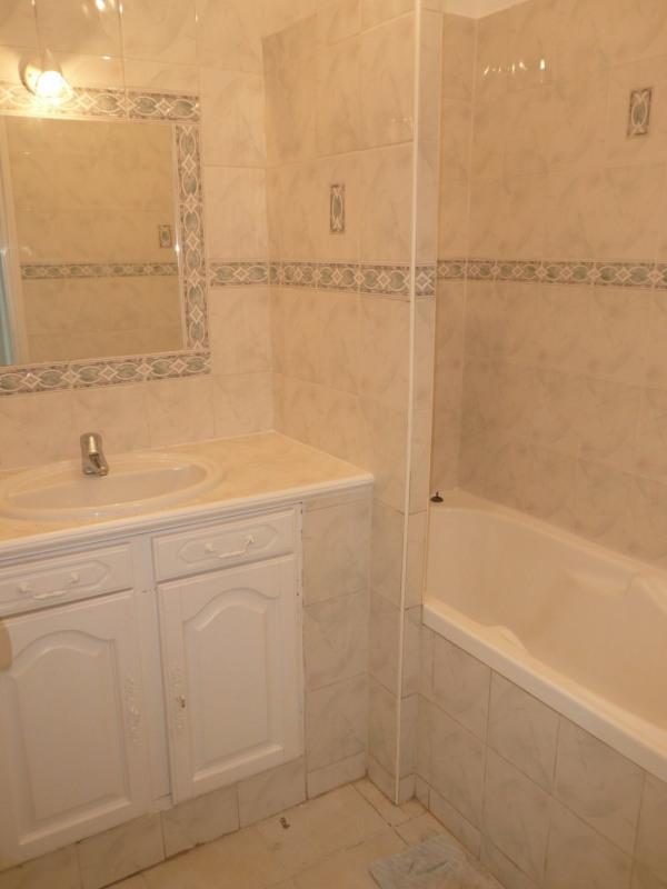 Affitto appartamento La seyne sur mer 700€ CC - Fotografia 7