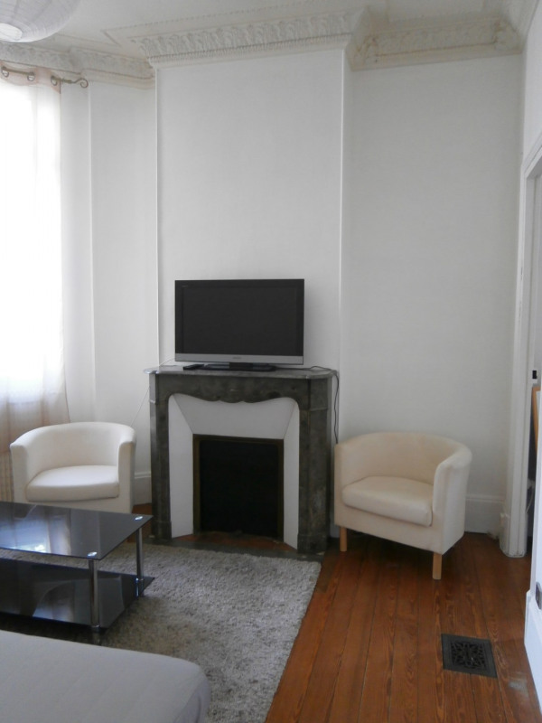 Location appartement Fontainebleau 900€ CC - Photo 3
