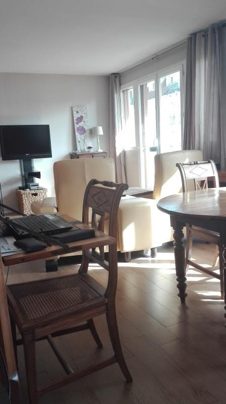 Sale apartment Poissy 212500€ - Picture 2
