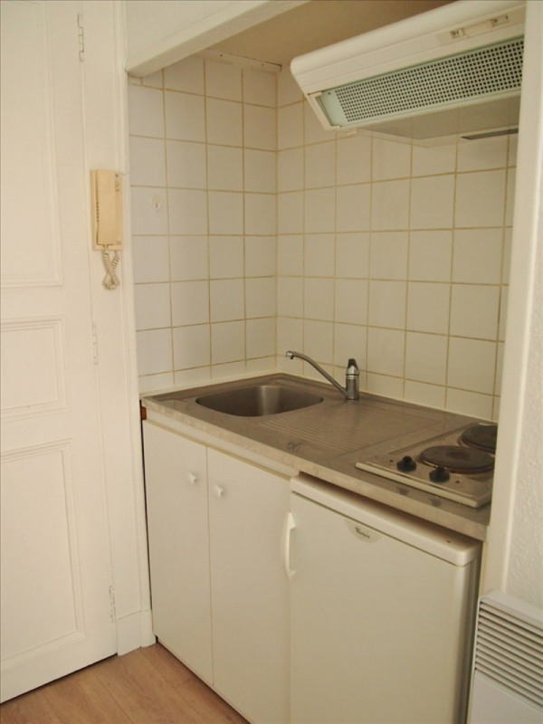 Rental apartment Pau 315€ CC - Picture 2