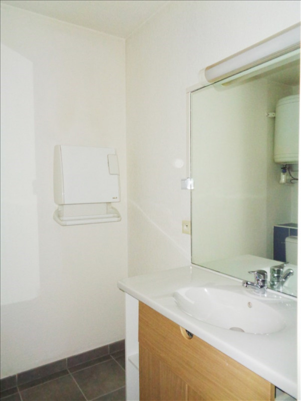 Location appartement Toulon 415€ CC - Photo 5