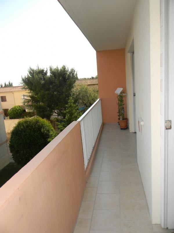 Rental apartment Salon de provence 700€ CC - Picture 4