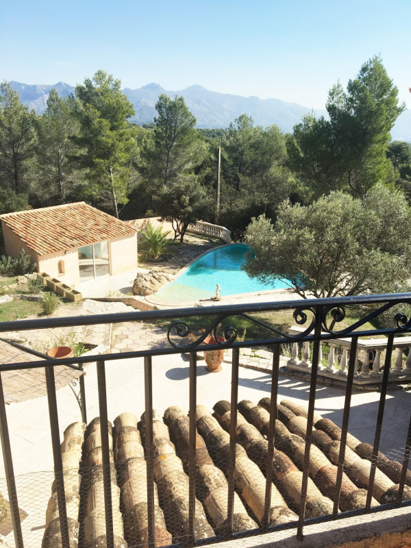 Location maison / villa Aubagne 2 700€+ch - Photo 1