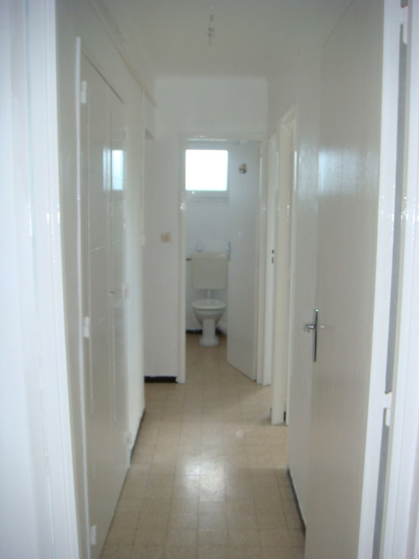 Rental apartment Aix-en-provence 790€ CC - Picture 2