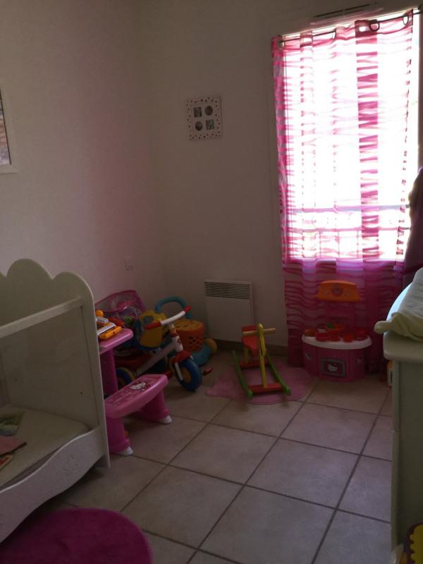 Location appartement Vauvenargues 1064€ CC - Photo 5