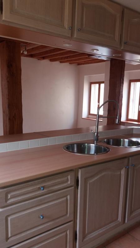 Rental house / villa Montereau fault yonne 570€ CC - Picture 3