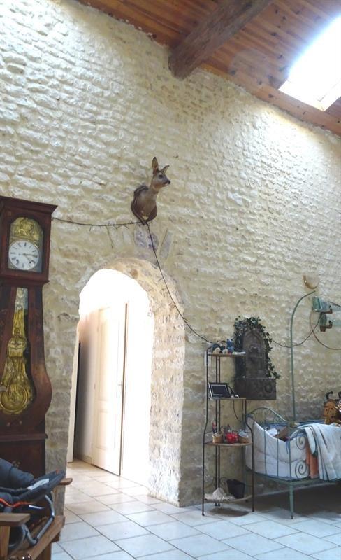 Vente maison / villa Le poiré-sur-velluire 230000€ - Photo 9