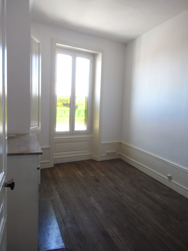 Location appartement Pierre benite 547€ CC - Photo 1