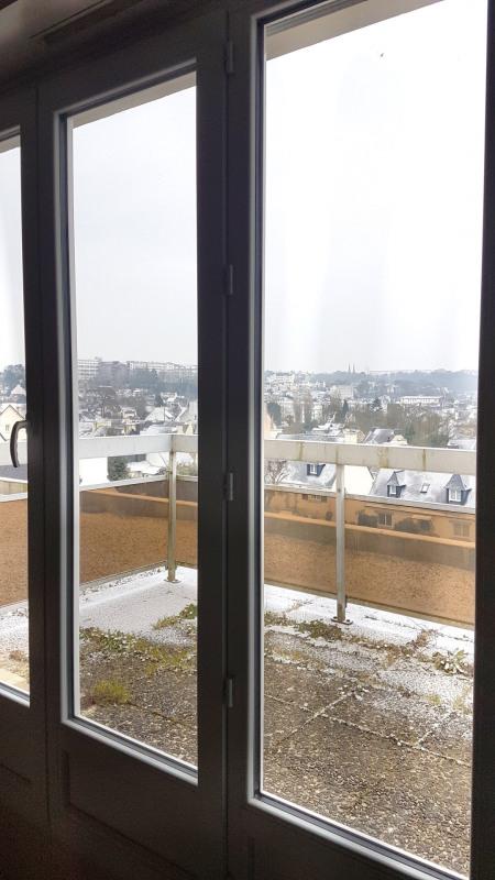 Sale apartment Quimper 79935€ - Picture 2