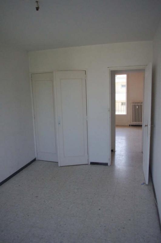 Verkoop  appartement Avignon 93000€ - Foto 10