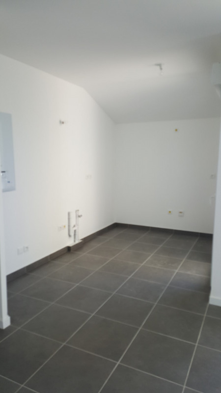 Location appartement Fréjus 915€ CC - Photo 4