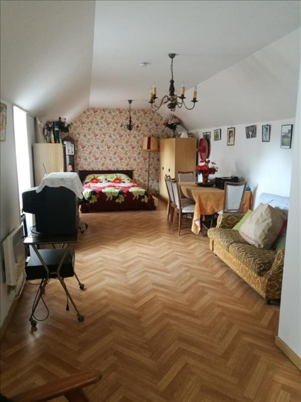 Sale house / villa La chaussee st victor 245000€ - Picture 5