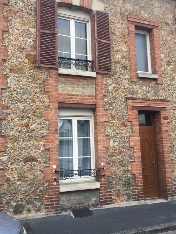 Sale apartment Châlons-en-champagne 137700€ - Picture 1