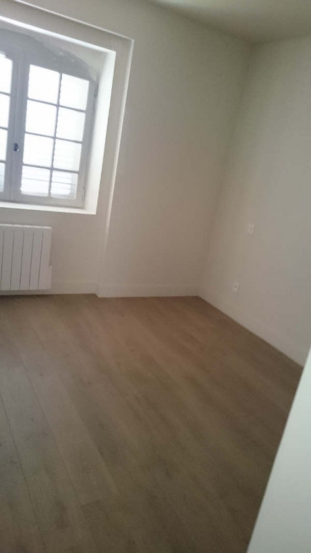 Location appartement Nimes 832€ CC - Photo 8
