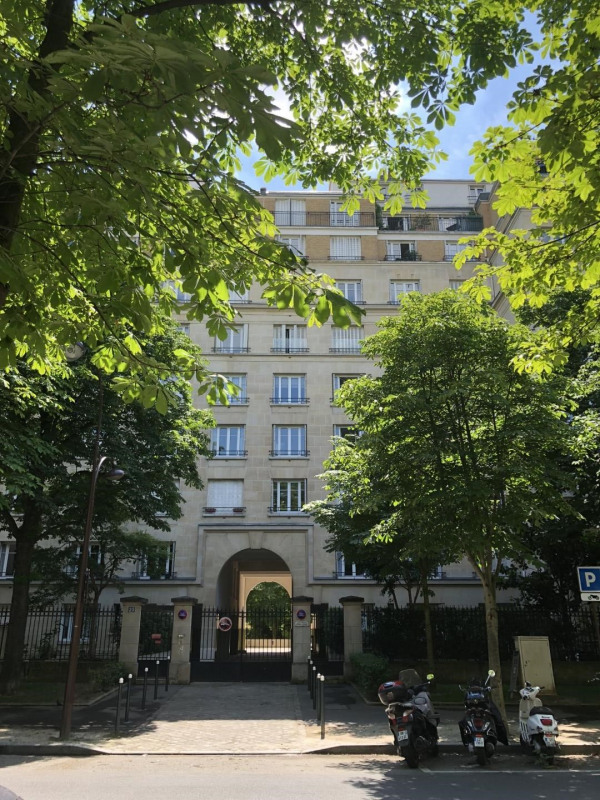 Location appartement Neuilly-sur-seine 1 900€ CC - Photo 1