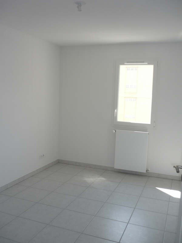 Rental apartment Manosque 1 150€ CC - Picture 6