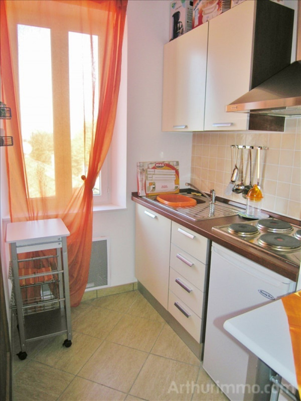 Rental apartment Antibes 650€ CC - Picture 2