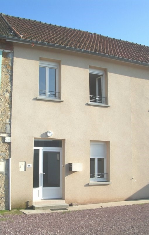 Location maison / villa Carentan 461€ CC - Photo 1
